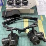 【ガンプラ道具】ガンプラとオジサンと老眼鏡